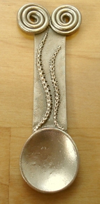 images/gallery/Art Clay Silver Gallery Graphics/GordonUyeharaBronzeClaySpoon.jpg