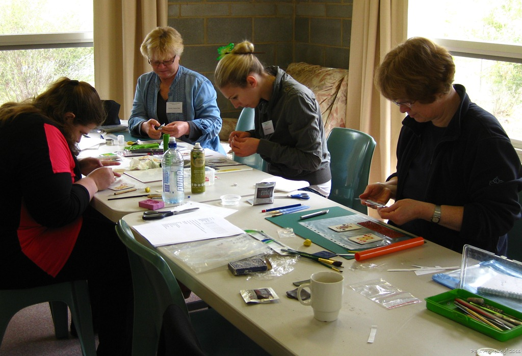 images/gallery/CCIP Instructors Graphics/Pam Annesleys PMC Pro Class Contemporary Craft Retreat 2011.jpg
