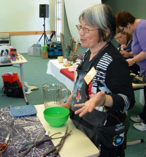 images/gallery/CCIP Instructors Graphics/Wilma Simmons Felting Class A Contemporary Craft Retreat 2011.jpg